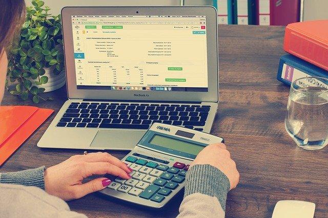 calcul facture auto entrepreneur